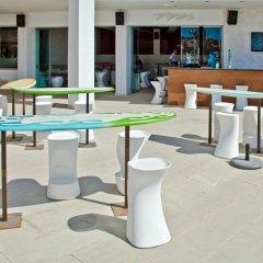 Отель Sol Wave House Mallorca гостиничный бар