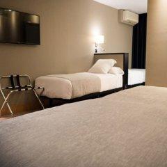 Отель Plaza Испания, Ла-Корунья - отзывы, цены и фото номеров - забронировать отель Plaza онлайн сейф в номере