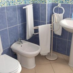 Hotel Adelaide ванная фото 2