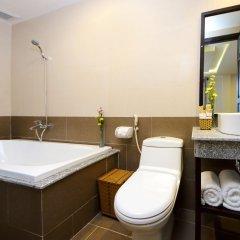 Отель Viet Long Hoi An Beach Hotel Вьетнам, Хойан - отзывы, цены и фото номеров - забронировать отель Viet Long Hoi An Beach Hotel онлайн ванная фото 2
