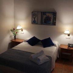 Отель Hostal Puerta De Arcos Испания, Аркос -де-ла-Фронтера - отзывы, цены и фото номеров - забронировать отель Hostal Puerta De Arcos онлайн комната для гостей фото 3