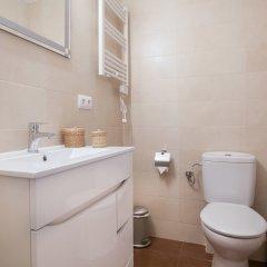 Отель Bbarcelona Encants Family Flat Барселона ванная фото 2