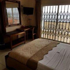 Отель Barmoi Сьерра-Леоне, Фритаун - отзывы, цены и фото номеров - забронировать отель Barmoi онлайн комната для гостей фото 2