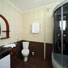 Гостиница Шале Грааль Апарт-Отель Украина, Трускавец - отзывы, цены и фото номеров - забронировать гостиницу Шале Грааль Апарт-Отель онлайн ванная фото 2