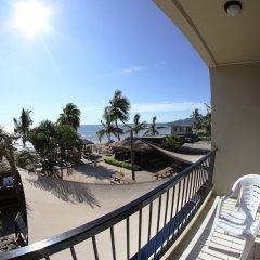 Отель Smugglers Cove Beach Resort and Hotel Фиджи, Вити-Леву - отзывы, цены и фото номеров - забронировать отель Smugglers Cove Beach Resort and Hotel онлайн балкон