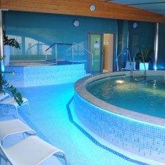 Отель Venus бассейн