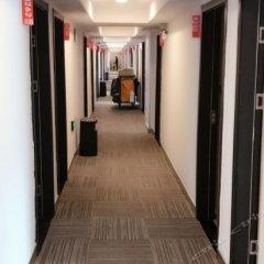 Отель Hi Inn Shanghai Pudong International Airport Chenyang Road Китай, Шанхай - отзывы, цены и фото номеров - забронировать отель Hi Inn Shanghai Pudong International Airport Chenyang Road онлайн интерьер отеля фото 3