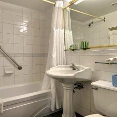 Отель Maritime Plaza Hotel Канада, Монреаль - отзывы, цены и фото номеров - забронировать отель Maritime Plaza Hotel онлайн ванная