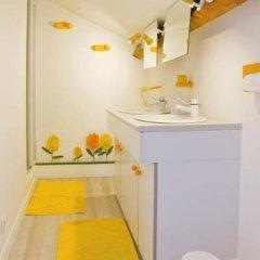 Отель Le Mûrier Франция, Тулуза - отзывы, цены и фото номеров - забронировать отель Le Mûrier онлайн ванная фото 2