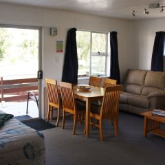 Отель Whanganui River Top 10 Holiday Park комната для гостей фото 3
