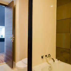 Отель Ariva Ivy Ampio Таиланд, Бангкок - отзывы, цены и фото номеров - забронировать отель Ariva Ivy Ampio онлайн ванная