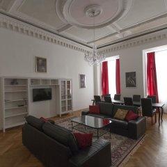 Отель Heart of Vienna Luxury Residence Вена комната для гостей
