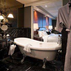 Отель Muse Bangkok Langsuan - Mgallery Collection Бангкок ванная