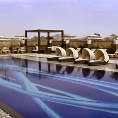 Отель The LaLiT New Delhi бассейн фото 3