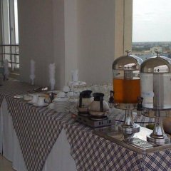 Отель Thanh Uyen Hotel Вьетнам, Хюэ - отзывы, цены и фото номеров - забронировать отель Thanh Uyen Hotel онлайн питание фото 2
