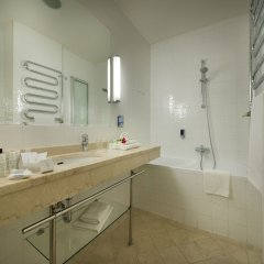 EA Hotel Juliš ванная