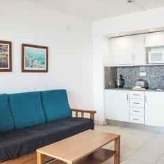 Апартаменты Pins Platja Apartments комната для гостей фото 2
