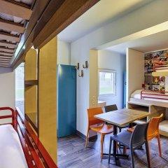 Отель hotelF1 Paris St Ouen Marché aux Puces комната для гостей