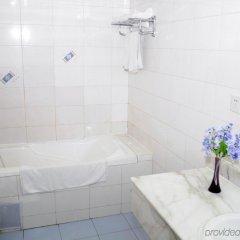 Отель Wangfujing Da Wan Hotel Китай, Пекин - отзывы, цены и фото номеров - забронировать отель Wangfujing Da Wan Hotel онлайн ванная