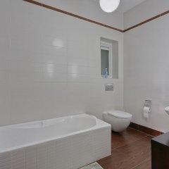 Отель Luxury Apt With Side Seaviews and Pool, Best Location Мальта, Слима - отзывы, цены и фото номеров - забронировать отель Luxury Apt With Side Seaviews and Pool, Best Location онлайн ванная