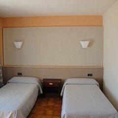 Апартаменты The White Apartments by Ibiza Feeling - Adults Only комната для гостей