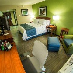 Отель Holiday Inn Express Guadalajara Aeropuerto комната для гостей