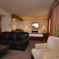 Отель Four Queens Hotel and Casino (No Resort Fee) США, Лас-Вегас - отзывы, цены и фото номеров - забронировать отель Four Queens Hotel and Casino (No Resort Fee) онлайн комната для гостей фото 5
