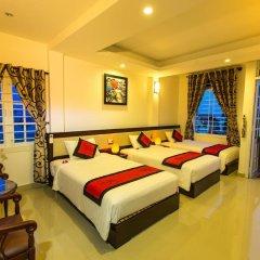 Отель Moon'S Homestay Хойан комната для гостей фото 5