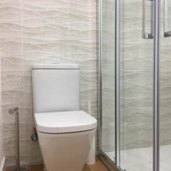 Отель Sur Suites Pauli Фуэнхирола ванная