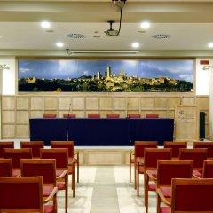 Отель Relais Cappuccina Ristorante Hotel Италия, Сан-Джиминьяно - 1 отзыв об отеле, цены и фото номеров - забронировать отель Relais Cappuccina Ristorante Hotel онлайн интерьер отеля фото 2