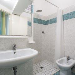 Отель Cimarosa Италия, Риччоне - отзывы, цены и фото номеров - забронировать отель Cimarosa онлайн ванная