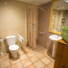Отель Pension Oliva Испания, Олива - отзывы, цены и фото номеров - забронировать отель Pension Oliva онлайн ванная фото 2