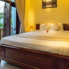 Отель Loc Phat Homestay Хойан комната для гостей фото 2