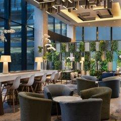 Отель Four Points By Sheraton Surabaya Сурабая гостиничный бар