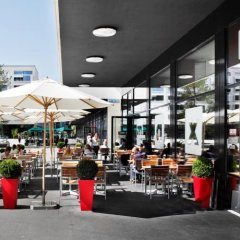 Отель Courtyard by Marriott Zurich North Швейцария, Цюрих - отзывы, цены и фото номеров - забронировать отель Courtyard by Marriott Zurich North онлайн городской автобус