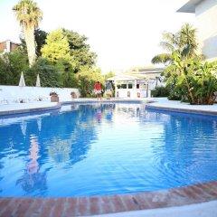 Отель Assinos Palace Джардини Наксос бассейн фото 2