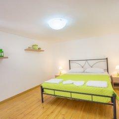 Отель Valentinas Amazing House комната для гостей