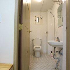 Отель Oneminute Guesthouse ванная фото 2