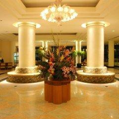 Отель Onward Beach Resort Тамунинг интерьер отеля