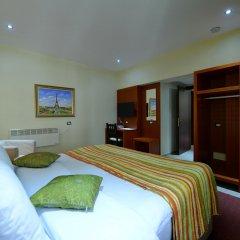 City Hotel Tirana удобства в номере