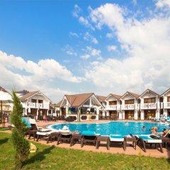Гостиница Белый Пляж бассейн
