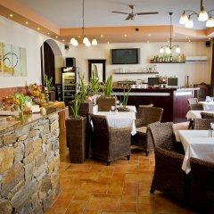 Hotel Arte Брно гостиничный бар