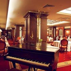 Отель Grand Hotel Sofia Болгария, София - 1 отзыв об отеле, цены и фото номеров - забронировать отель Grand Hotel Sofia онлайн гостиничный бар