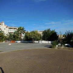Отель Apartamentos Cabrita парковка