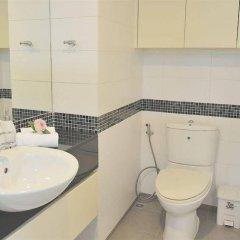 Отель The Aloft Complex Таиланд, Бангкок - отзывы, цены и фото номеров - забронировать отель The Aloft Complex онлайн ванная фото 2