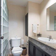 The Ambiance Hotel ванная