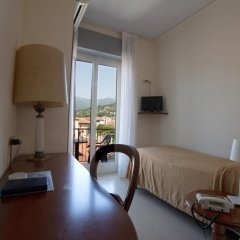 Отель Miralago Италия, Вербания - отзывы, цены и фото номеров - забронировать отель Miralago онлайн комната для гостей фото 2