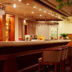 Twin Towers Hotel гостиничный бар