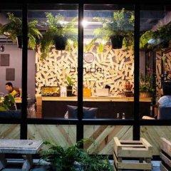 Bandai Hostel Бангкок вид на фасад