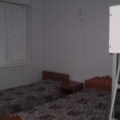 Гостиница Гостевой дом Южный бриз в Ейске отзывы, цены и фото номеров - забронировать гостиницу Гостевой дом Южный бриз онлайн Ейск комната для гостей фото 2
